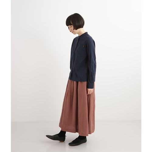[NORTHERN TRUCK]  band collar cotton dot blouse / navy
