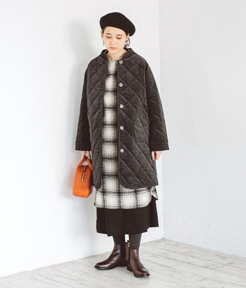[LILASIC] quilting velvet box long coat / charcoal